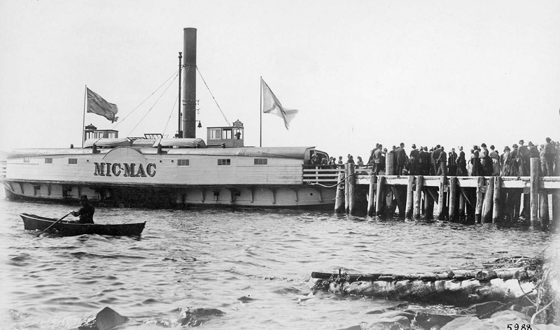 Picnickers board the ferry at McNabs Island, in 1885.
