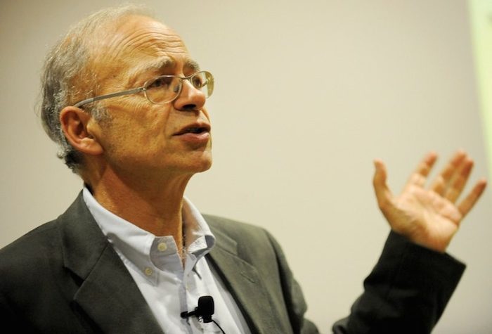 Animal liberation analysis peter singer