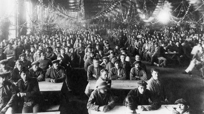 The Canadian Car and Foundry Co. plant in Amherst was converted to an internment camp around the outbreak of the First World War and held hundreds of prisoners, mostly Germans, but Russian revolutionary Leon Trotsky was detained there for a month in 1917. (PUBLIC ARCHIVES OF CANADA)