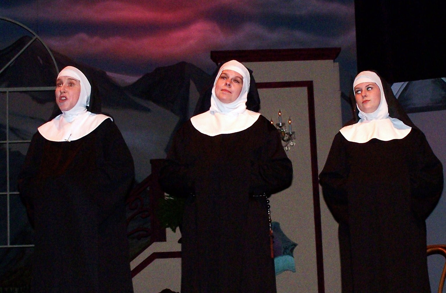 Sound_of_Music_Nuns_4