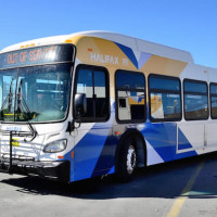 Bus ridership numbers are tanking and city council should do something about it: Morning File, Friday, September 29, 2017