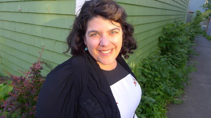 Stephanie Domet