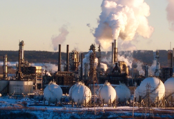 Irving refinery. Photo: Bruce Livesey