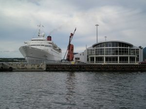 They put the Big Fiddle right next to the boat so passengers immediately know just how quaint the place is.