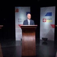 Are election campaigns places to discuss serious issues?