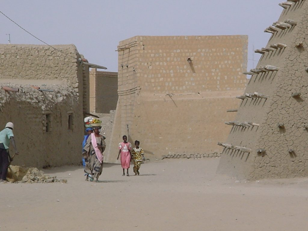 Imposing strict measures to control the coronavirus in places like Timbuktu, Mali, may be difficult. Photo: Joan Baxter
