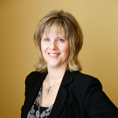 Headshot of lawyer Jennifer Schofield