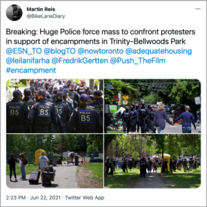 A tweet by Martin Reis, with four photos of the protest in Toronto.